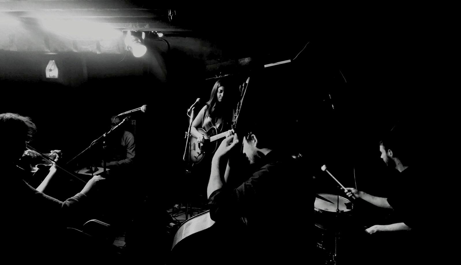 Servant Jazz Quarters, London  (© Jacynta Mirmikidis)