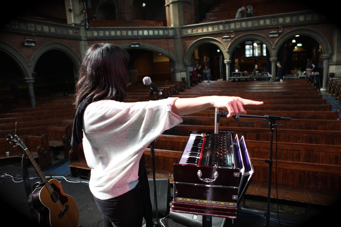 Soundcheck, Union Chapel, London (© Ignacio Crespo)